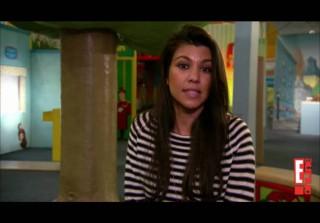 Kourtney Kardashian Takes Mason to The Children\'s Museum of Manhattan (VIDEO)