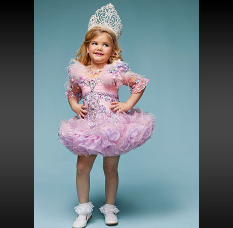 How To Create A Toddlers And Tiaras Halloween Costume Video