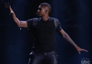 Watch Usher Perform \