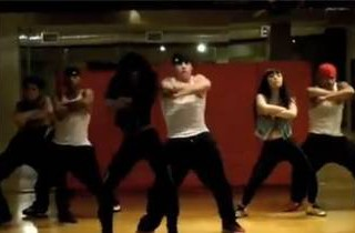 Watch! Jennifer Lopez\'s Boyfriend Casper Smart Choreographs Kelly Rowland \