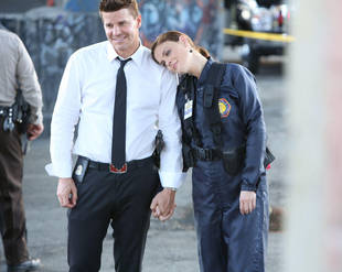 """3 Biggest OMG Moments From Bones Season 8, Episode 6: """"The Patriot in the Purgatory"""""""