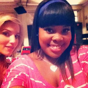 Glee: The Valentine's Day Dance! Cast Tweets On-set Photos