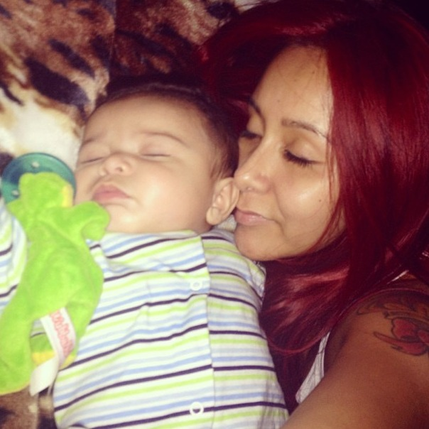Snooki and Lorenzo Fall Asleep Together in Cutest Pic Ever (PHOTO)